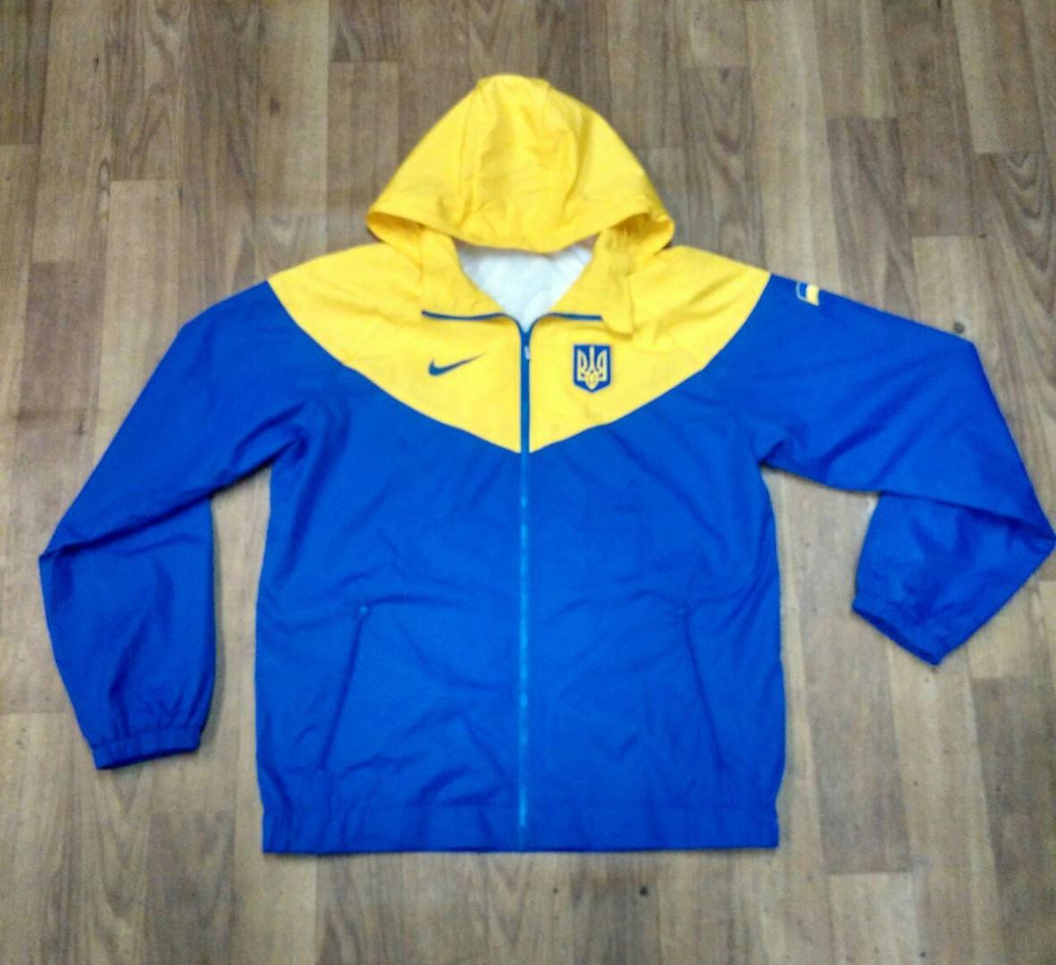 20342c032a7 Спортивный костюм мужской сборной Украины .